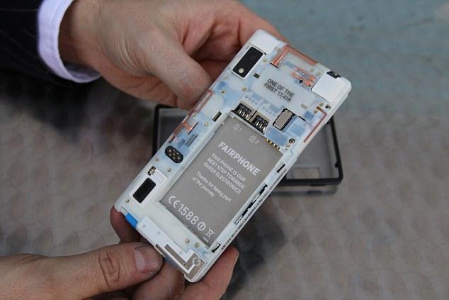 Модульный телефон Fairphone 2 уже в продаже - 1
