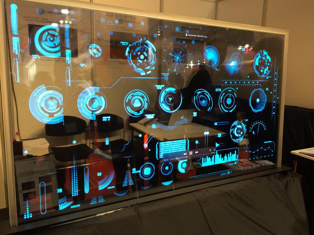 Свежая выставка ISE – новые светодиоды, экраны в окнах и как сломать экран, который не ломается - 1