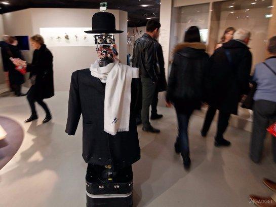 В музее Парижа работает робот-искусствовед