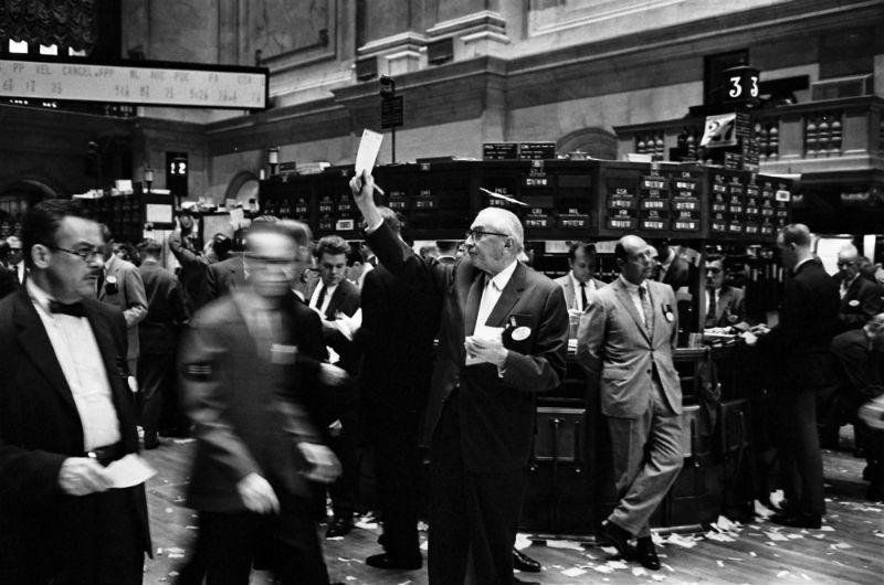 Эксперимент: Использование Google Trends для прогнозирования обвалов фондового рынка - 1