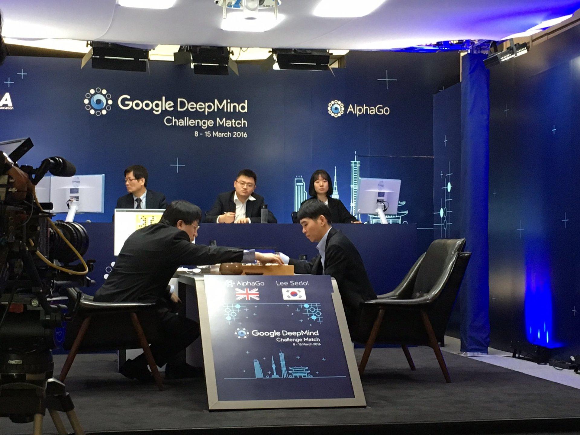 AlphaGo против Ли Седоля: итоги и оценки профессиональных игроков в го - 4