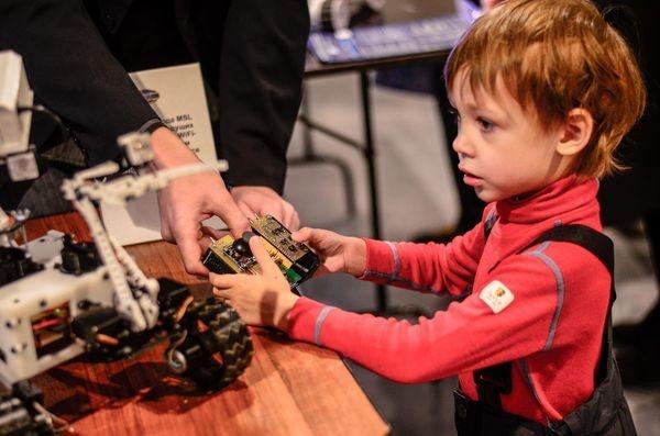 Фестиваль Город Технотворчества 2016, или как привлечь детей к технике - 1