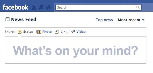 Пользовательская база Facebook растет, но люди размещают меньше публикаций