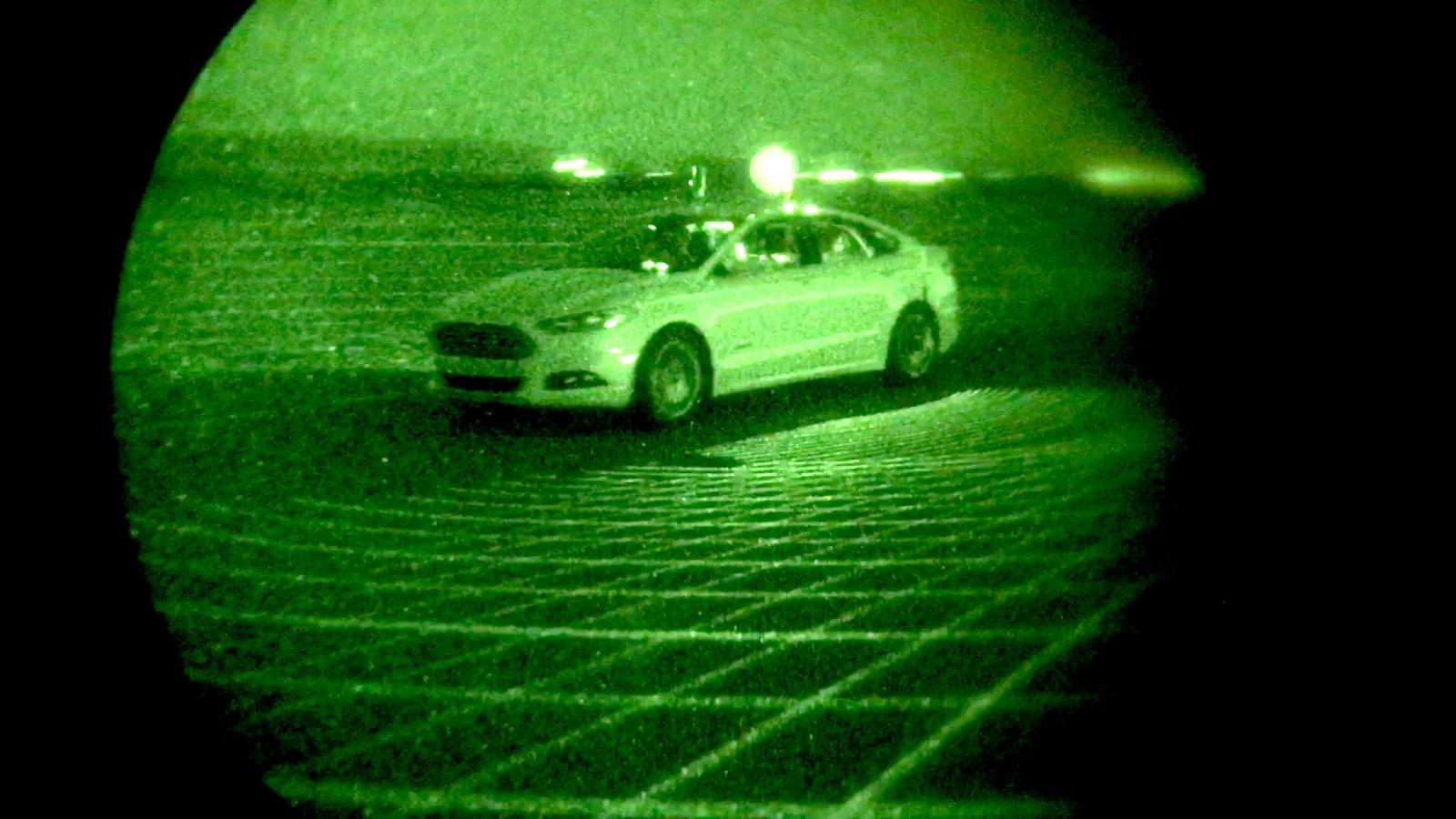 Беспилотный Ford проехал по трассе в кромешной темноте - 1