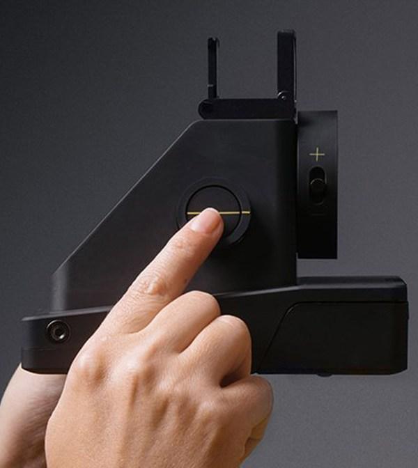Новая камера Impossible Project I-1 работает с оригинальными кассетами Polaroid 600