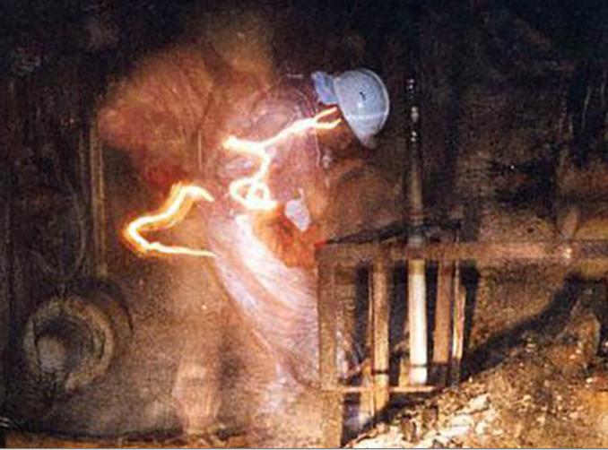 Знаменитая фотография из Чернобыльской АЭС — это селфи с длинной выдержкой - 3