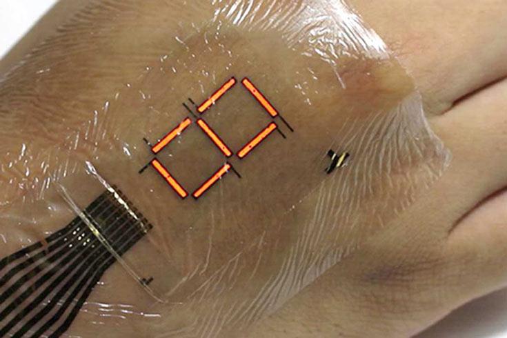 По замыслу разработчиков, такой дисплей можно использовать для отображения физиологических показателей