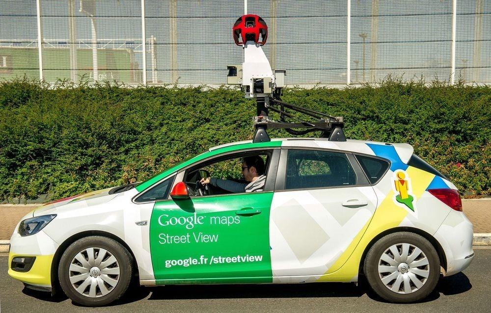 Автомобиль Google напугал лошадь - 6