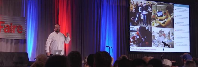 Массимо Бянци выступает на Maker Faire