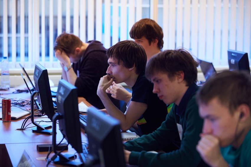 Результаты большого чемпионата по программированию — 2016 на 5 тысяч человек - 3