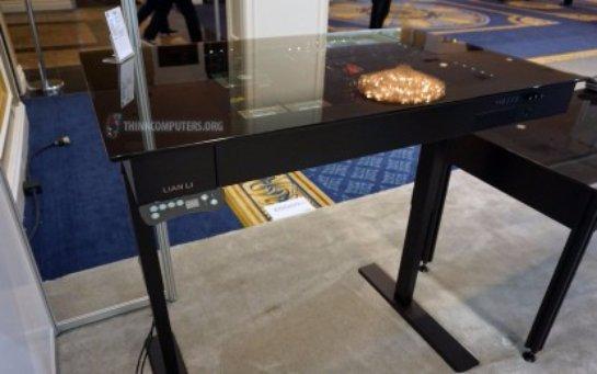 Lian Li DK-04- уникальный компьютерный стол
