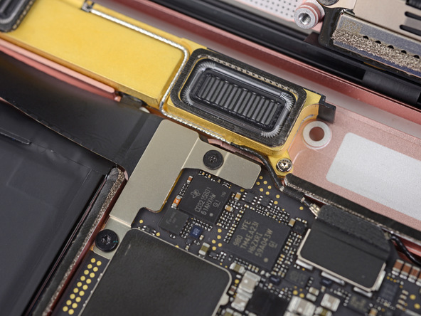 iFixit выставили новому Apple MacBook один балл