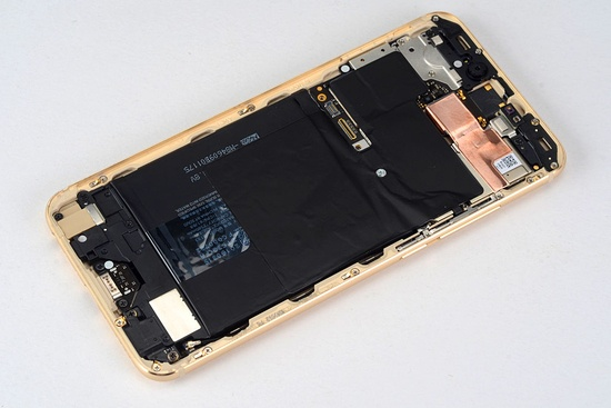 Специалисты IT168 разобрали Meizu Pro 6