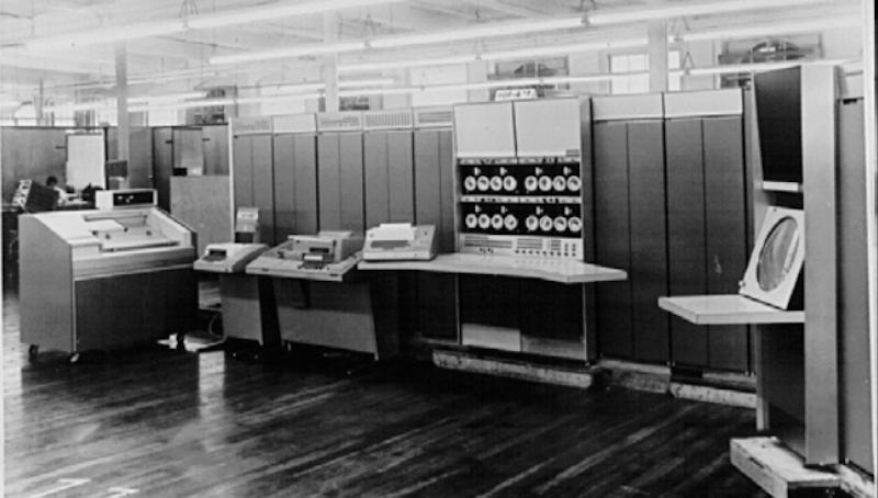 Мини-компьютеры компании DEC — семейство PDP - 11