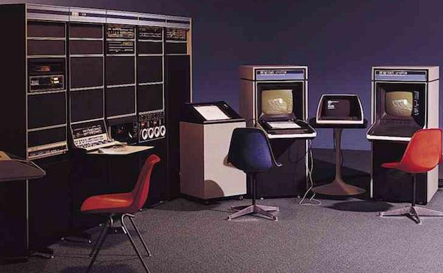 Мини-компьютеры компании DEC — семейство PDP - 26