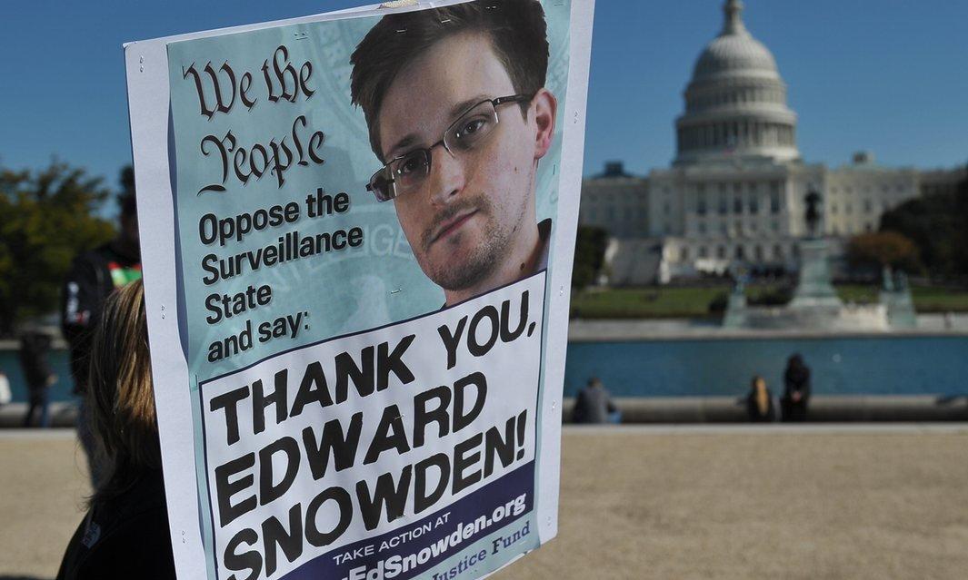 Эдвард Сноуден: правительства хотят опустить наше чувство собственного достоинства до уровня чипованных животных - 3