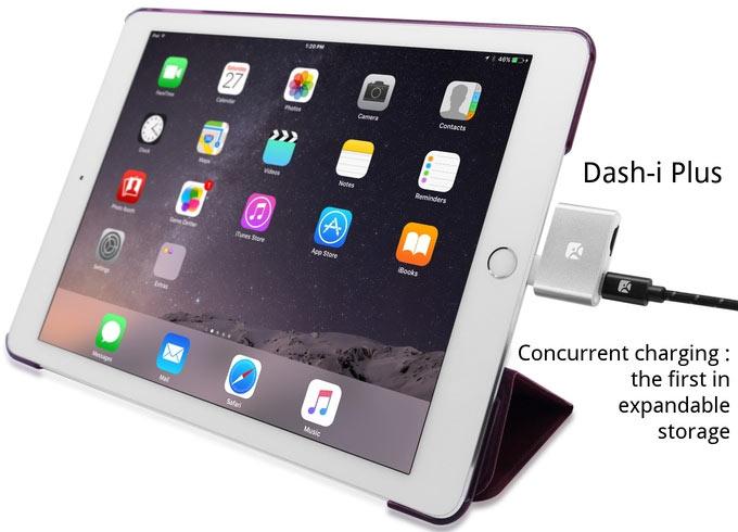 Отличительной чертой Dash-i Plus является возможность одновременно использовать порт для зарядки