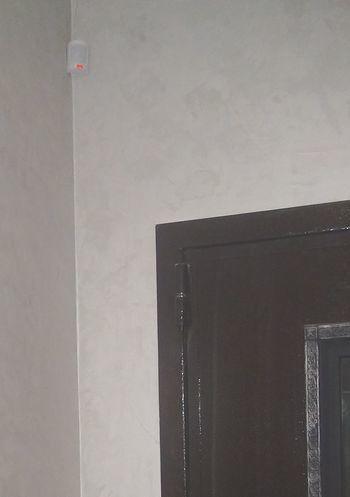 Мой дом – моя крепость, но она беззащитна, когда открываются ворота. Как войти в квартиру без лишних человечков? - 1