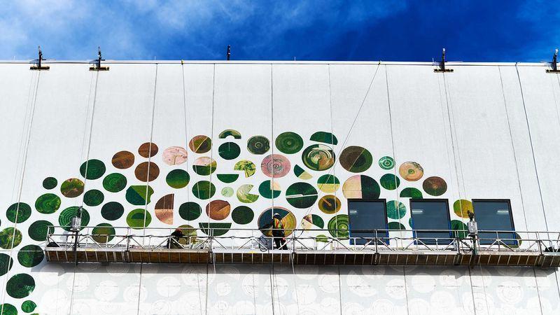Google превращает свои дата центры в произведения искусства - 8
