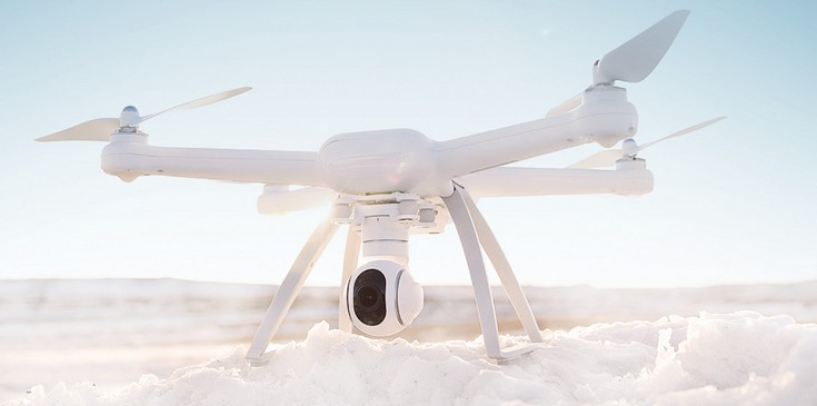 Xiaomi представила две модификации дрона Mi Drone, различающиеся камерами