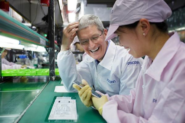 Роботизация Foxconn лишила рабочих мест 60 тыс. человек - 1