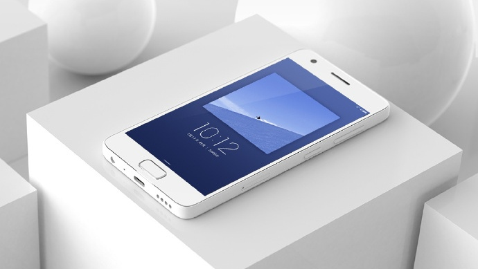 Смартфон Zuk Z2 в ходе первой распродажи хотят купить более 6 млн человек