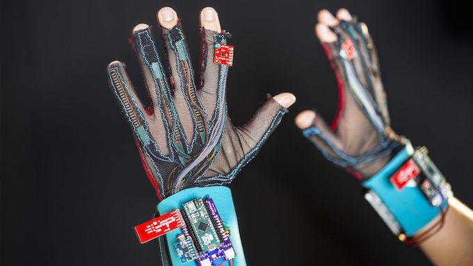 Перчатки SignAloud: перевод жестов в слова - 5