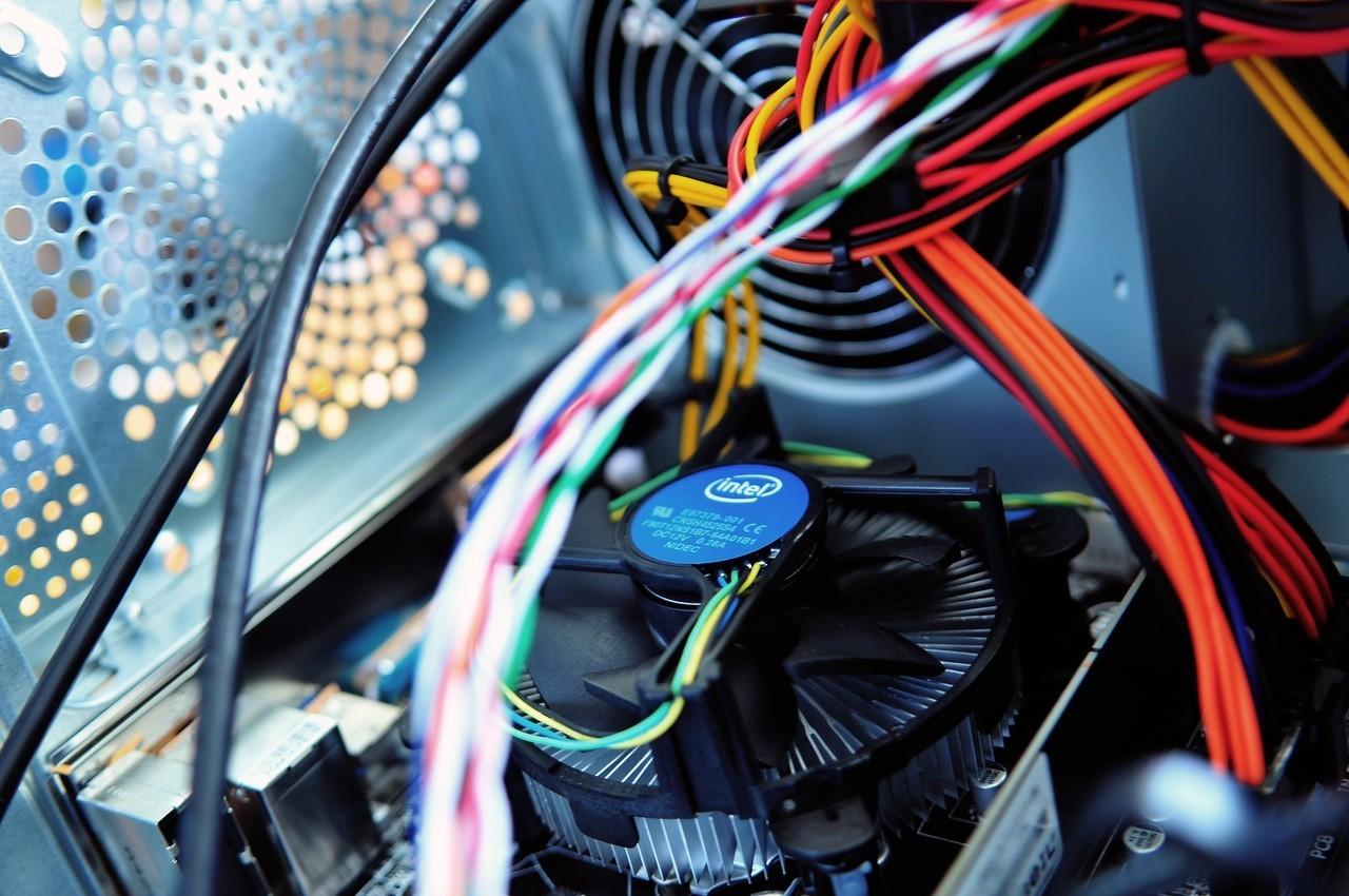 Сколько информации можно передать через вентилятор CPU - 1