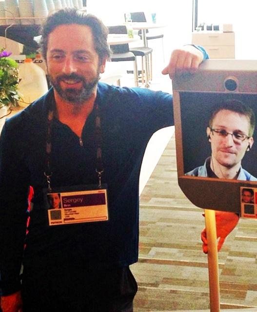 Эдвард Сноуден живёт свободной жизнью — как робот - 3