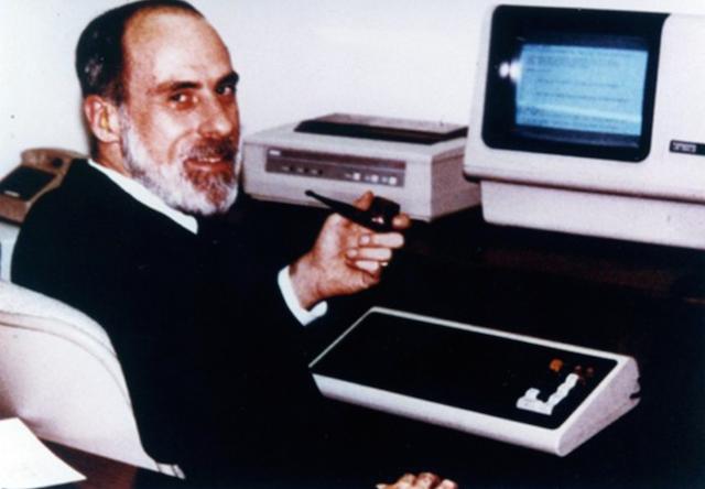 Винтон Серф — «Колумб, открывший Интернет» - 4