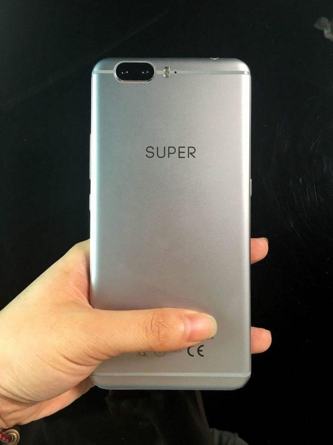 Обновленная версия смартфона UMi Super получит сдвоенную камеру и десятиядерную SoC