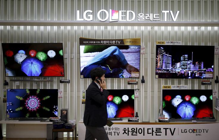 В 2015 году компания LG Display выпустила 400 000 телевизионных панелей OLED