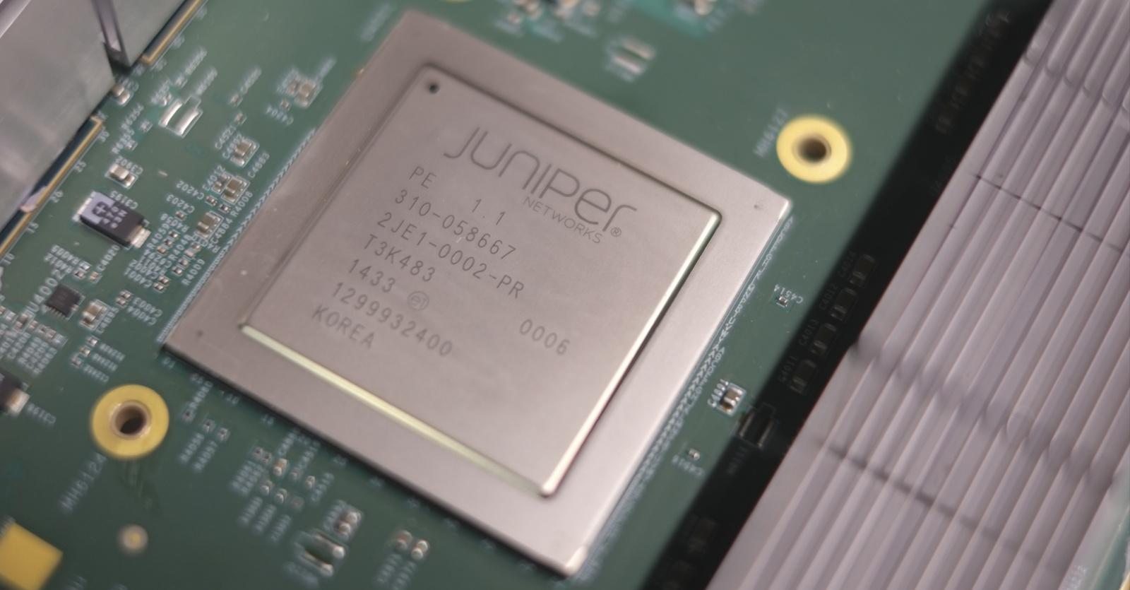 Juniper Hardware Architecture - 1