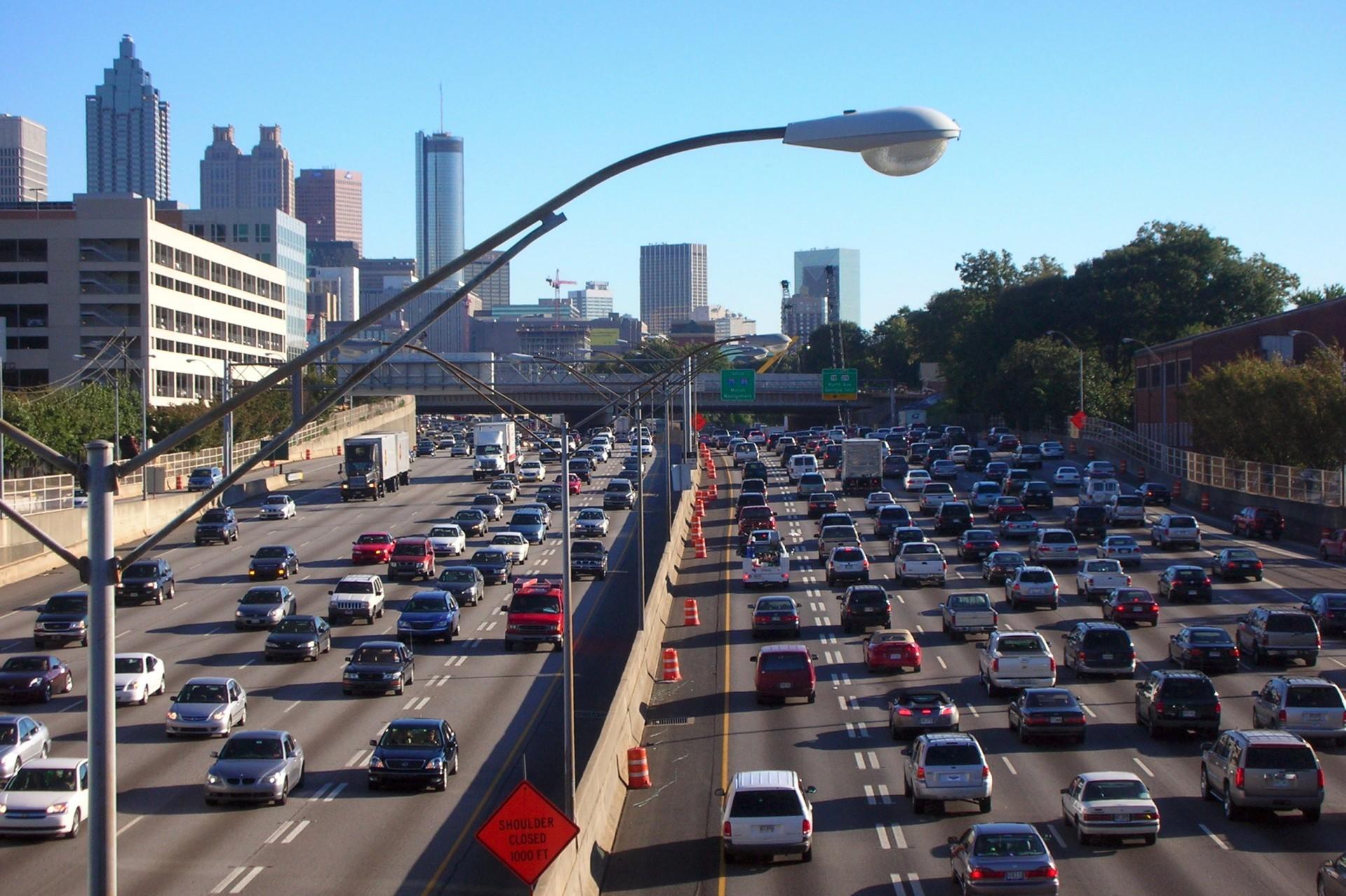 Исследование: электромобилями можно заменить 87% машин на дорогах - 1
