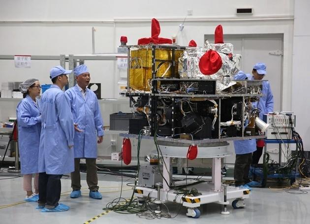 Квантовая криптография в космосе или Что внутри китайского спутника? - 1