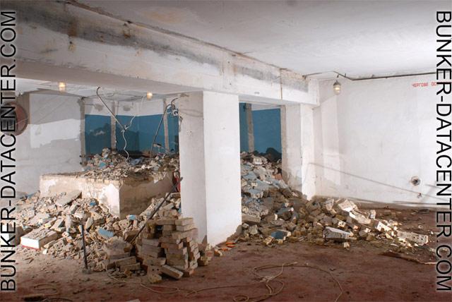 Ядерный бункер в Париже переоборудуют в дата-центр компании online.net - 11
