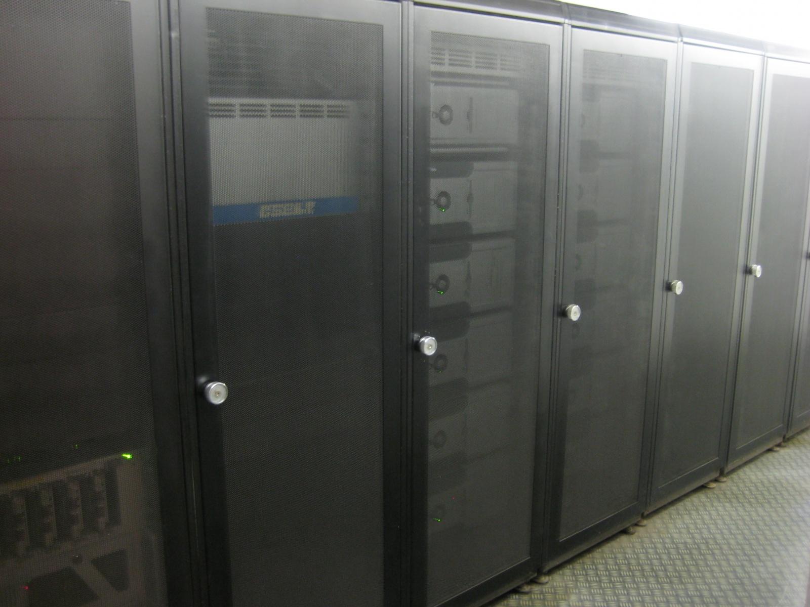 Ядерный бункер в Париже переоборудуют в дата-центр компании online.net - 19