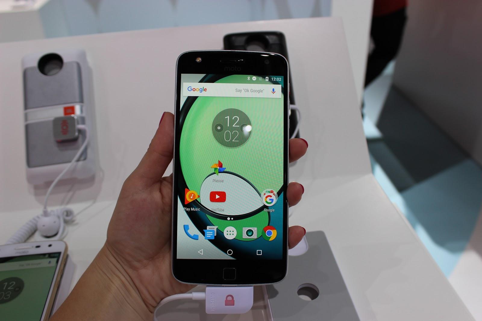 Moto Z Play — первый вгляд на модульный смартфон - 1