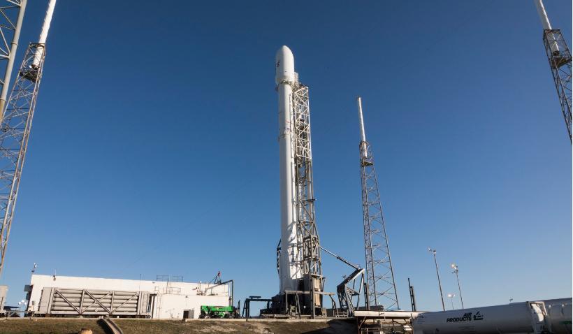 Глава ULA заявил, что взрыв ракеты компании SpaceX может сорвать их график полетов на следующие 9-12 месяцев - 1