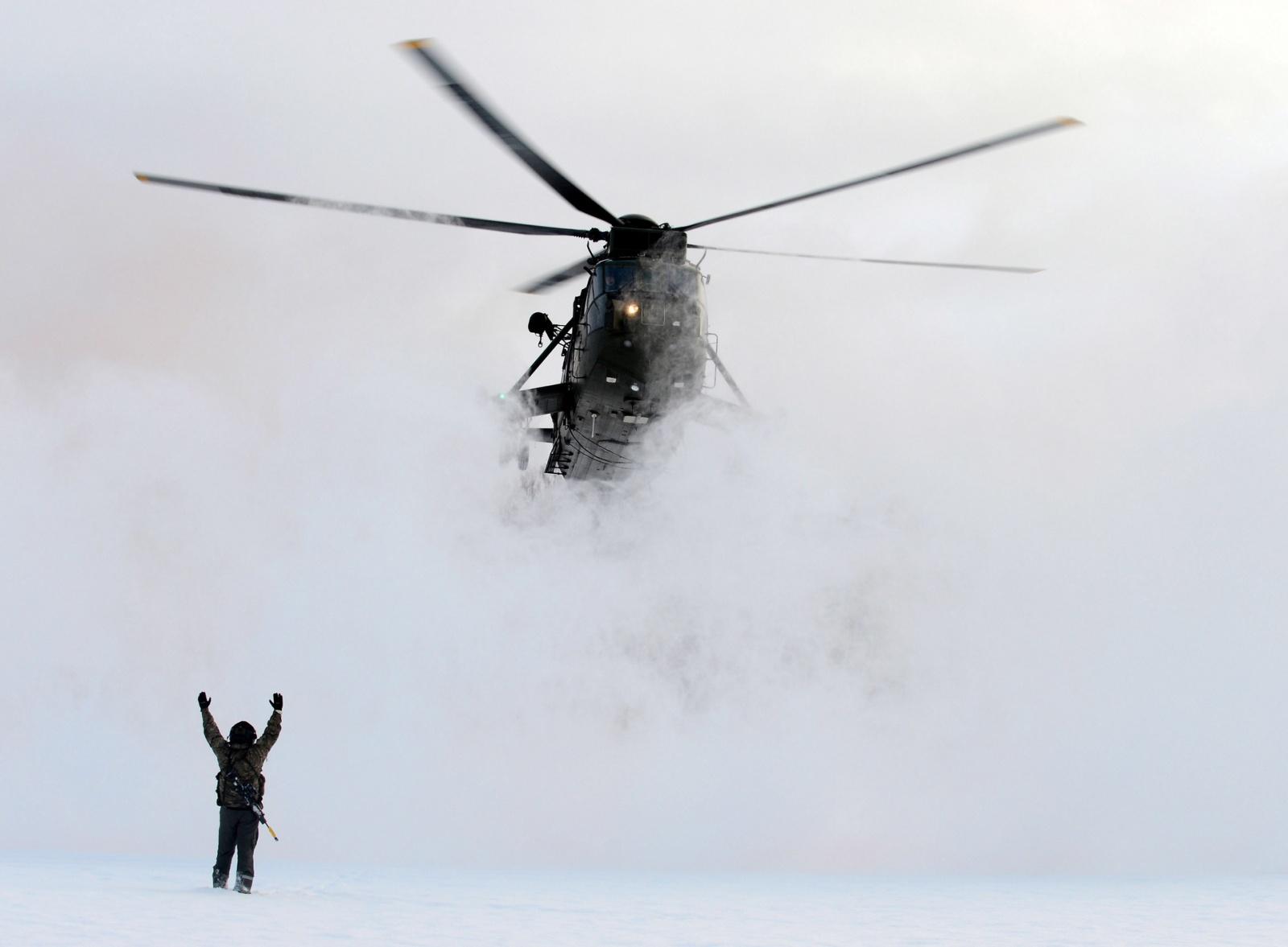 Сажаем вертолет вслепую: обзор технологий синтетического зрения - 1