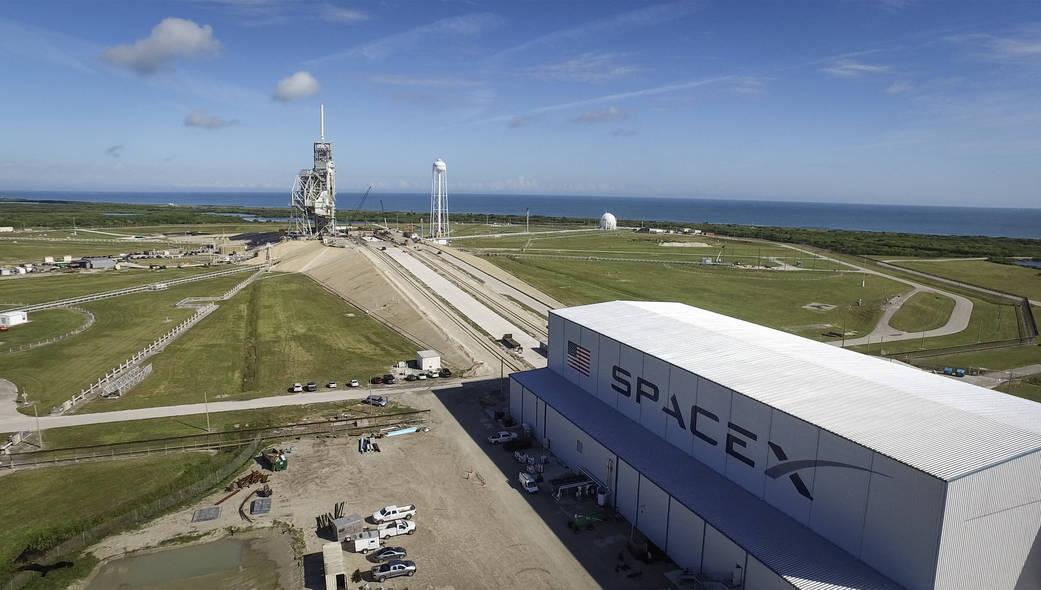SpaceX надеется возобновить запуски в ноябре - 2