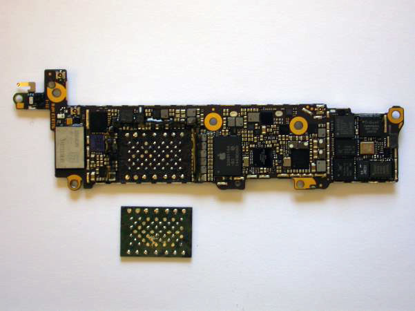Демонстрация брутфорса пароля iPhone 5c c зеркалированием флэш-памяти - 5