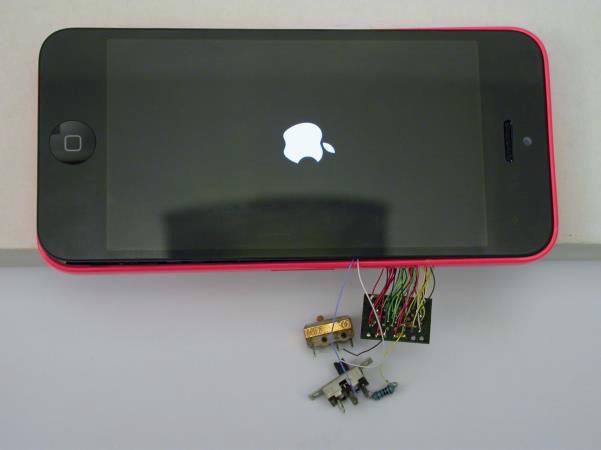 Демонстрация брутфорса пароля iPhone 5c c зеркалированием флэш-памяти - 8