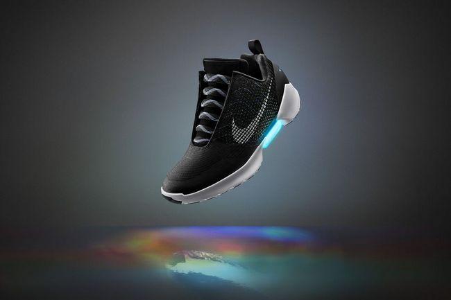 Кроссовки с функцией автоматической шнуровки Nike HyperAdapt 1.0 выйдут 28 ноября