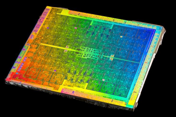Источник предоставил фото препарированного GPU GP104