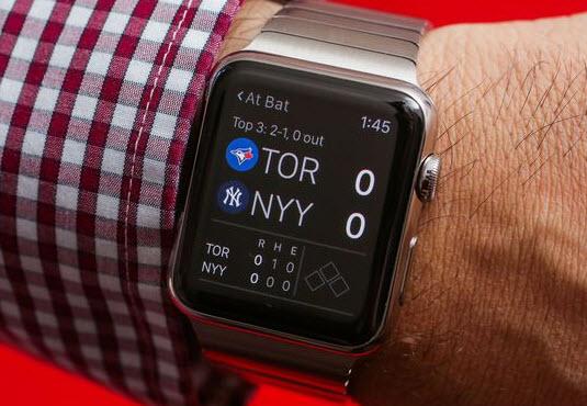 Apple принадлежит треть рынка умных часов США и Европы