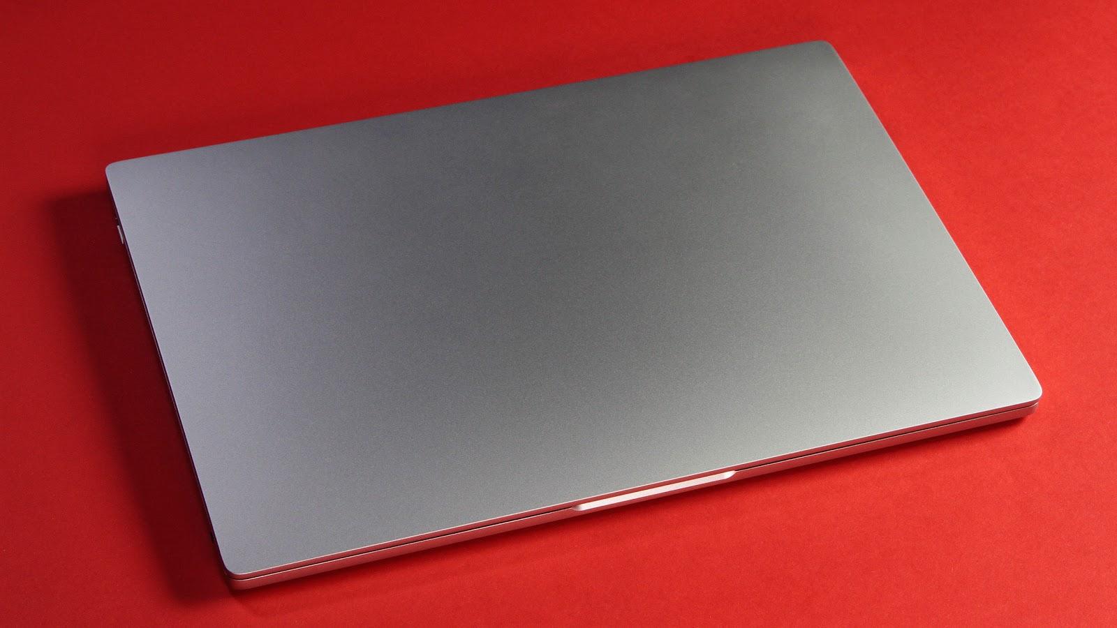 Xiaomi Mi Notebook Air 12.5 — почти макбук, но… - 4