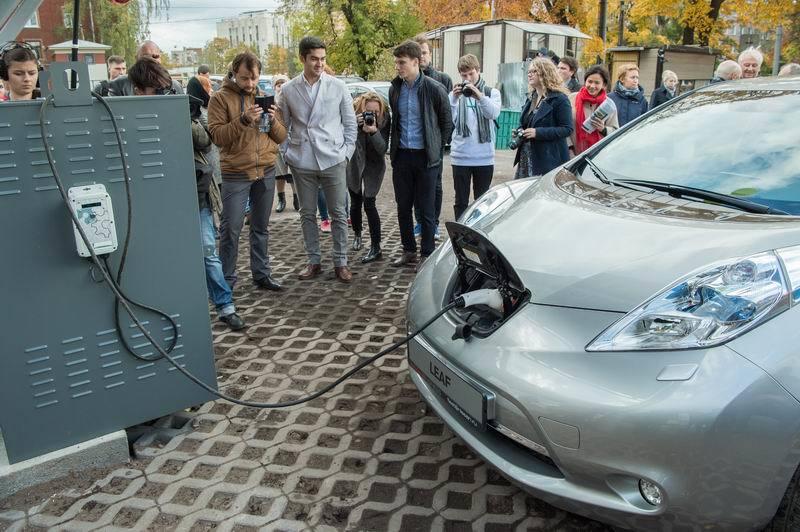 Как мы построили первую в России заправку электромобилей от солнечной энергии - 14