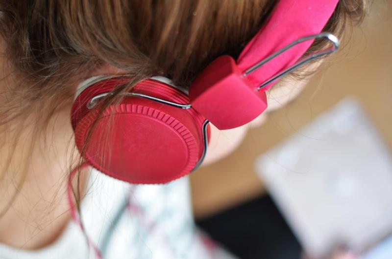 Веселее и эффективнее: как использовать музыку для работы и где её искать - 2