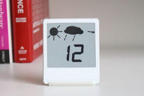 Дисплей-индикатор на электронных чернилах «живёт» на солнечной энергии и никогда не требует подзарядки - 1